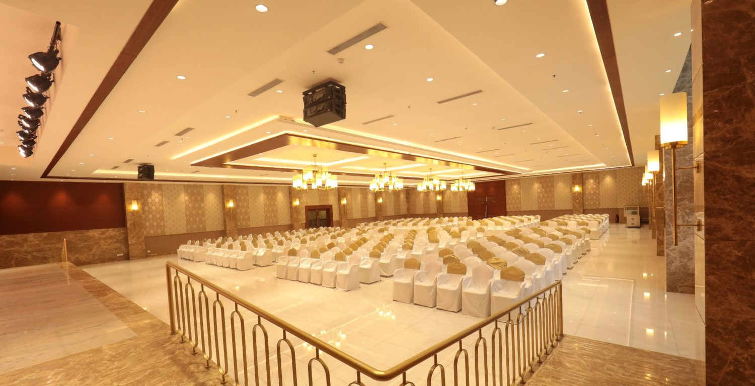 Why Should You Hire The Banquet Hall Services In Chennai For Any Event?